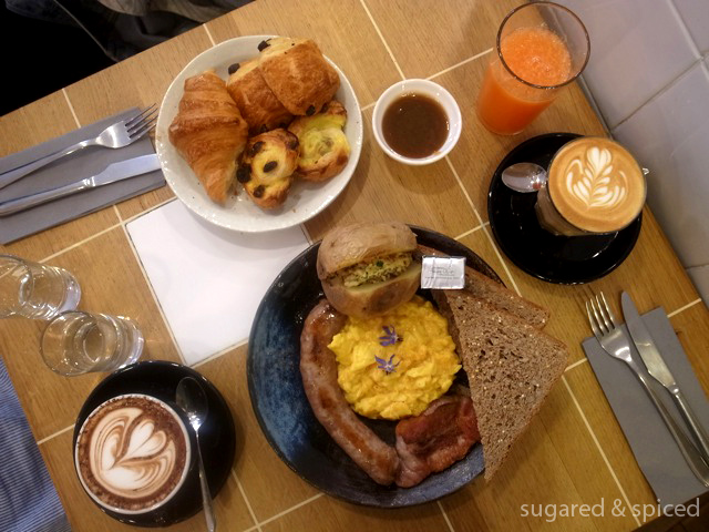 Paris brunch at coutume cafe sugared spiced for French style scrambled eggs