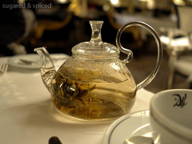 sugared & spiced - tea time at le meurice