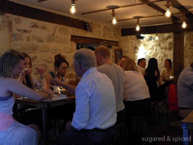 sugared & spiced - paris frenchie bar a vins