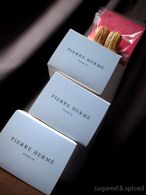 Like my FACEBOOK PAGE or follow me on TWITTER / 微博!  Pierre Hermé  Add: 72 rue Bonaparte 75006 Paris Tel: +33 (0)1 43 54 47 77 Hours: 10am~7pm (7:30pm on Thu-Fri, 8pm on Sat) Website: www.pierreherme.com Price: €4.50~7.30/individual dessert Visited on: Jul 2014