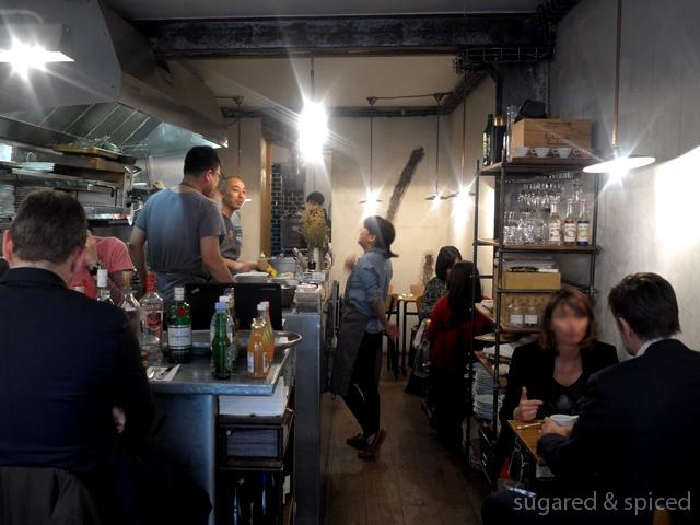 Paris sandwich lunch at abri sugared spiced for Restaurant abri paris